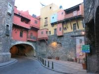Stadt der Tunnel