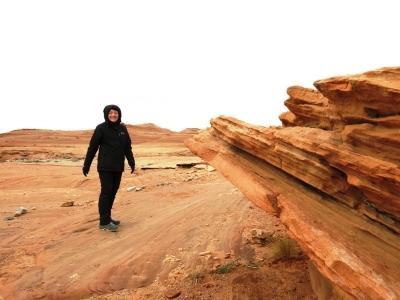 Umgeben von Sand und Sandstein