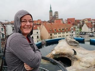 4_Mit_Pinguinen_auf_dem_Ozeaneum-Dach
