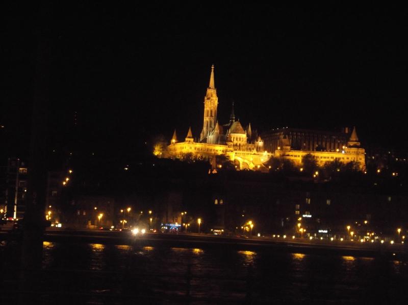 abendliche Matthiaskirche