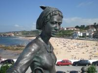 statue_comillas.jpg