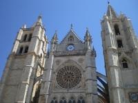 leon-kathedrale-front.jpg