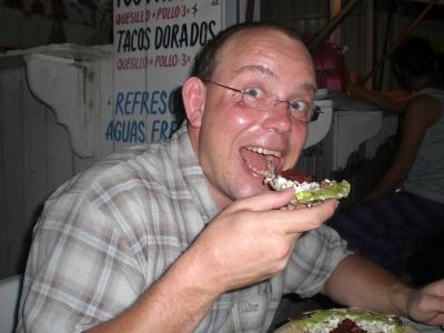 Mexikanische Pizza (Tlayuda)
