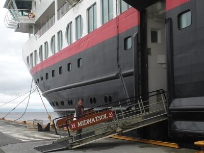 Anne geht an Bord.JPG