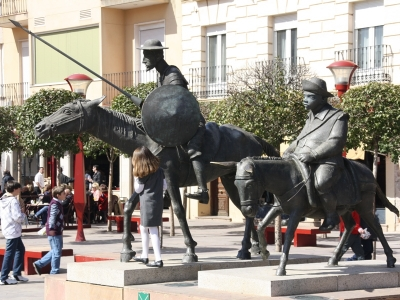 Denkmal in Alcazar.jpg