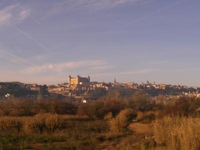 Toledo von weitem.jpg